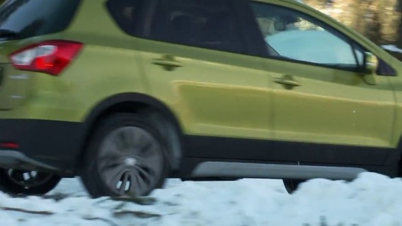 4x4 - S01:E13 - All-Wheel Drive on Snow
